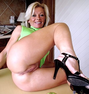 Big Ass Old Pussy Porn Pictures