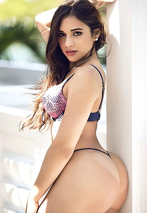Young Ass Porn Pictures