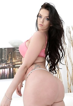 Big Ass Bra Porn Pictures